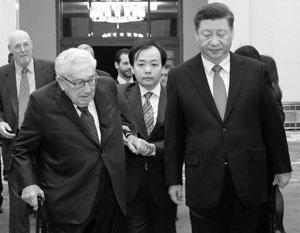 Си Цзиньпин уже шестой китайский лидер, который встречается с Генри Киссинджером