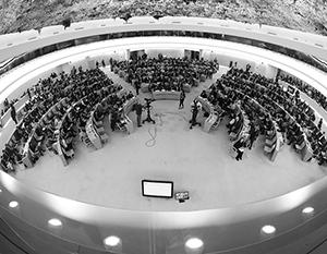 Украинская делегация превратила площадку ООН в цирковую арену