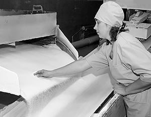 Россия производит столько сахара, что его некуда девать