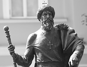 Путь памятника Ивану Грозному в Александровскую слободу был долгим