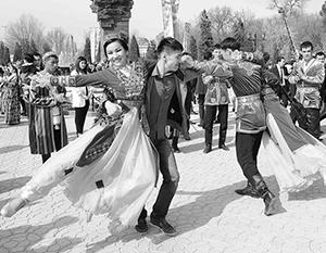 Судя по публикациям западных СМИ, в Узбекистане наступил настоящий праздник демократии