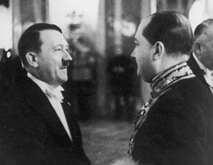 Посол Польши в Германии Юзеф Липски с Адольфом Гитлером в январе 1936-го