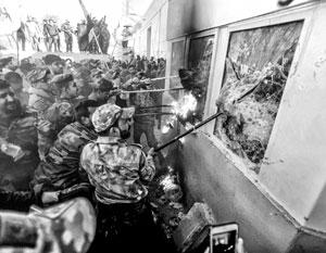 Американским дипломатам пришлось спасаться бегством из «охраняемой зоны» центра Багдада