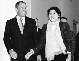 Никогда еще предполагаемое общение министра иностранных дел с грузинскими политиками не вызывало в Тбилиси такой переполох