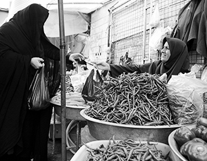 Иранцам в последние годы похвастаться нечем – богаче они точно не становятся