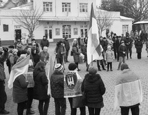 Национальной гордости на Украине все больше, а представителей этой национальности все меньше