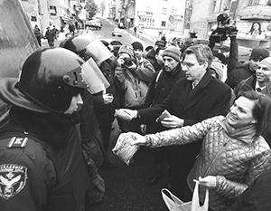 Виктория Нуланд и ее печеньки на майдане – крошечная часть расходов США на свою клиентуру в Киеве