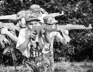 Лагерь «Азовец» – один из образцов националистической промывки мозгов по-украински