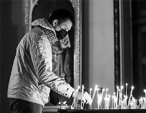 Верующим и священникам предписано блюсти гигиену и следить за здоровьем. Храмы пока не закрывают