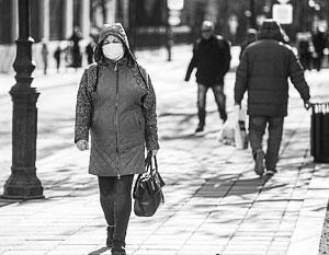 Россияне уже принимают меры для защиты от вируса, но при этом не склонны впадать в панику