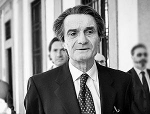 Губернатор Ломбардии назвал «шакалами» критикующих Россию за помощь Италии