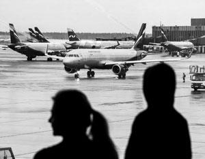 Тысячи самолетов внезапно оказались на земле – и это, похоже, надолго