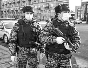 Усиленные патрули помогут разогнать с улиц Москвы нарушителей санитарного режима