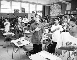 Российских детей десятилетиями учили быть верными Соединенным Штатам Америки