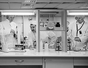 Пентагон создал сеть биолабораторий в восьми бывших республиках СССР