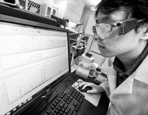 Ученые из Китая заполонили американские лаборатории