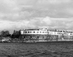 Форты Кронштадта стали надежной защитой для Петербурга