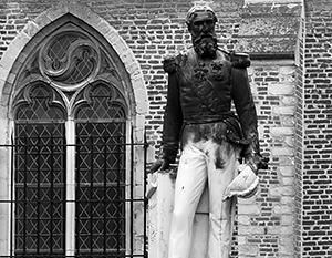 Власти Антверпена после протеста чернокожих горожан демонтировали памятник бельгийскому королю Леопольду II