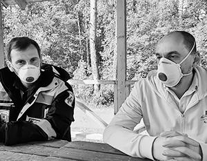 Доктора Багаутдин Муслимов (слева) и Олег Черныш – врачи, приехавшие из Москвы помогать псковским коллегам
