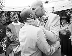 Гей-браки вторглись в православный мир