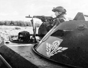 В украинской армии есть десантники (на фото), но только их не на чем доставить в Крым