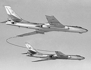 Ракетоносцы Ту-16 морской авиации СССР наводили страх на моряков стран НАТО