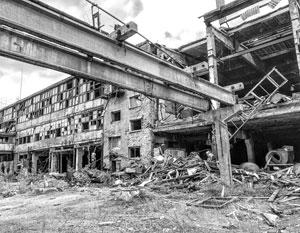 Заброшенная промзона в Усолье превратилась в отстойник для сотен тонн опасных химикатов
