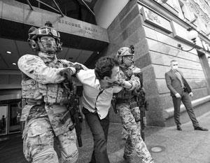 Киевский террорист был захвачен СБУ прямо во время общения с тележурналистами