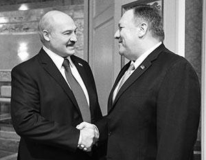 На встрече с госсекретарем Помпео Лукашенко вел себя как любезный кум
