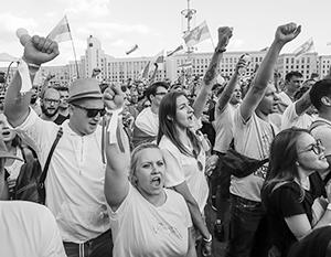 Идеологи «старой» белорусской оппозиции призывают к разрыву дружеских отношений с Москвой