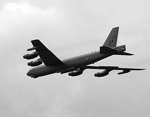Ядерные бомбардировщики B-52H Stratofortress («Стратофортресс») приблизились к России на 50 км