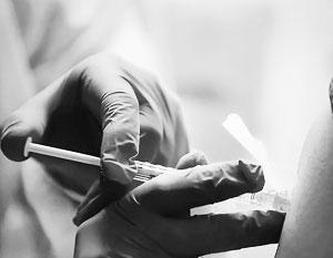 Россия получила предложение из США о производстве вакцины от COVID-19