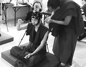До сих пор нет четкого понимания, что происходит с мозгом, его системами и механизмами во время медитации