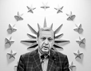 Эрдоган все чаще ведет себя так, будто он султан, а Турция это Османская империя