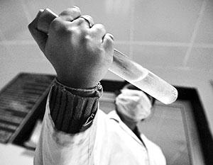 Производство отравляющих веществ подобного класса требует особых лабораторий и химиков высочайшей квалификации