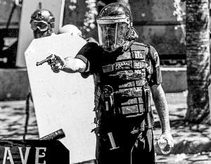 Вооруженные люди – обыденность на улицах США