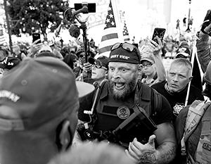 Накал предвыборной борьбы в США доходит вплоть до насилия