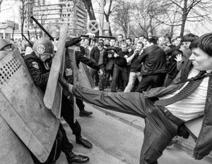 В 2009 году Кишинев уже пережил один Майдан – погромщики захватили тогда резиденцию президента