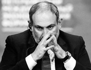 Именно Пашинян испортил отношения Армении с Россией, утверждает оппозиция
