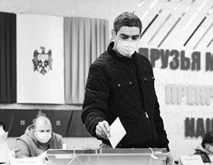 В воскресенье в Молдавии пройдет второй тур президентских выборов