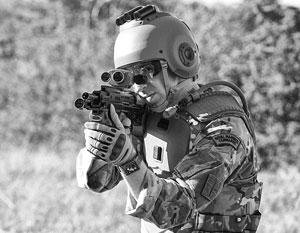 Солдат у Англии мало, зато их эффективность растет за счет современного оружия