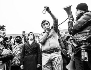 Майя Санду намерена с помощью улицы укрепить свою власть
