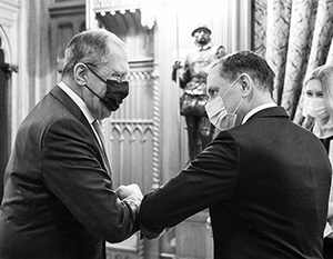 Встречам политиков в ковидную эпоху сопутствует особый протокол