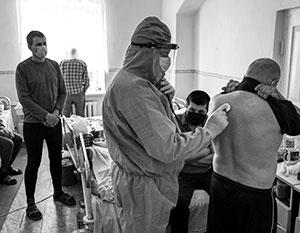 «Отказ властей Украины от российской вакцины является соучастием в убийстве собственных граждан»