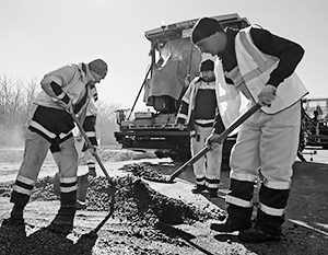 Строительство дороги создаст десятки тысяч новых рабочих мест