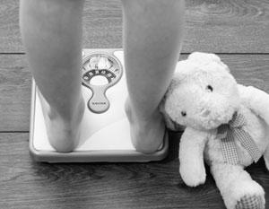 Главная ответственность за лишний вес детей лежит на родителях
