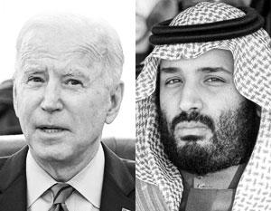 Кронпринц Саудовской Аравии Мохаммед бин Салман (справа) пытался вывести свою страну из-под американского удара