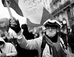 Рабочие места, зарплаты, пенсии – с такими требованиями вышли на улицы участники общенациональной забастовки работников госсектора Франции