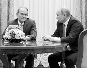 Президент России Владимир Путин является крестным отцом младшей дочери Виктора Медведчука