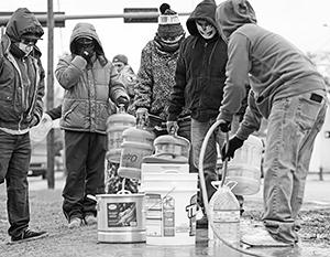 Морозы привели даже к проблемам с водоснабжением